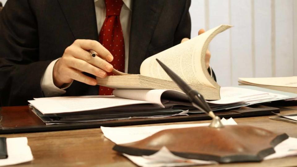 порушення прав адвокатів