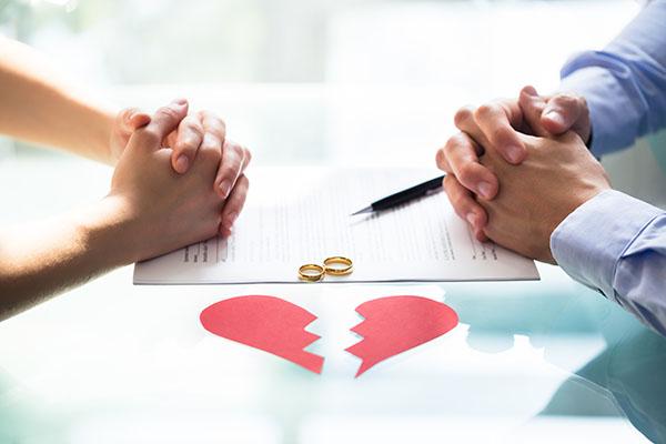Подать на развод